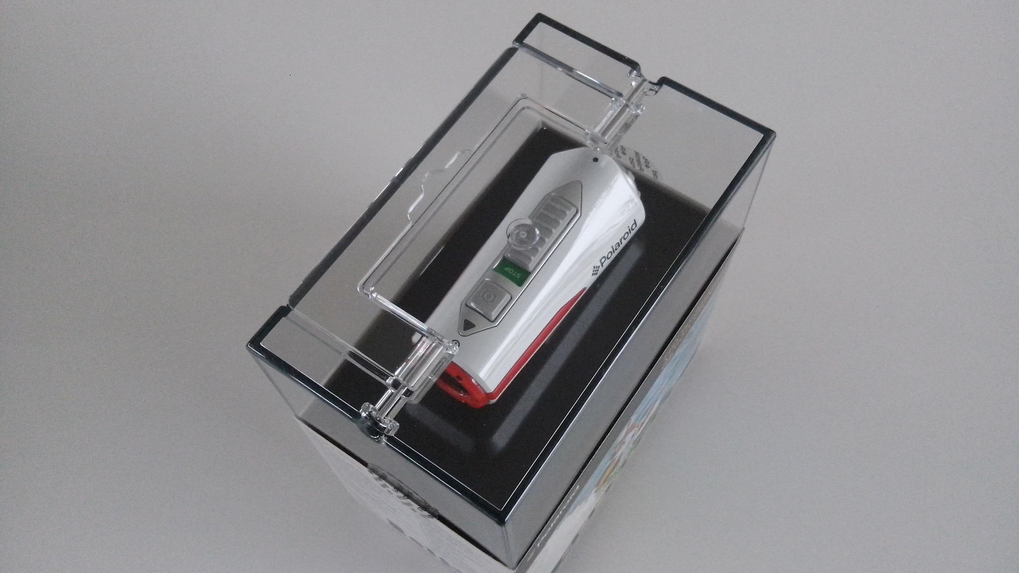 polaroid xs80 wasserdichte full hd action cam inkl helmhalterung online g nstig bestellen. Black Bedroom Furniture Sets. Home Design Ideas
